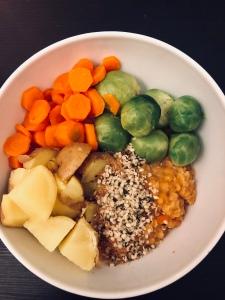 Linsen Bowl mit Gemüse